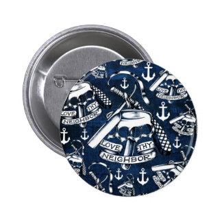 Love thy Neighbors retro Tattoo pattern in navy. 6 Cm Round Badge