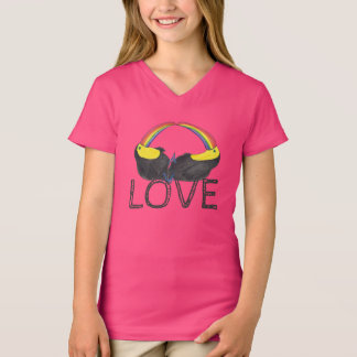 Love - Toucan Rainbow T-Shirt