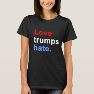 Love trumps hate. - Dark t-shirt