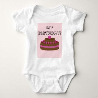 Lovely cake baby bodysuit