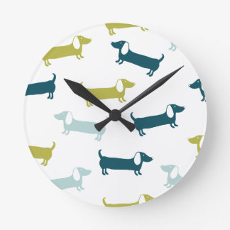 Lovely dachshunds in great colors round clock