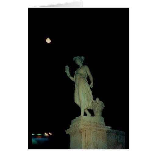 Lovely Girl Statue