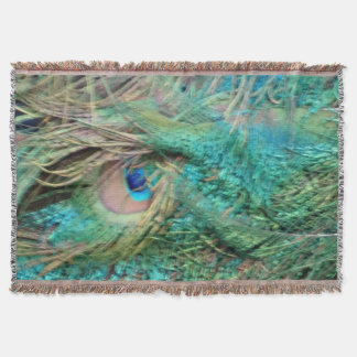 Lovely Peacock Feathers Beautiful Eyes Throw Blanket