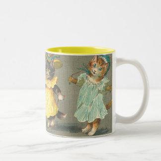 Lovely Vintage playful kittens Mug