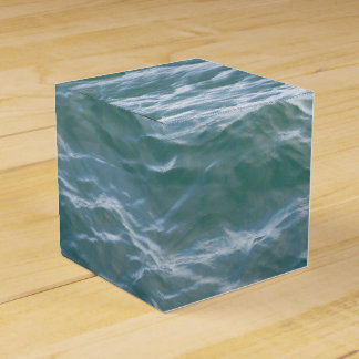 LOVELY WATER WAVES FAVOUR BOX
