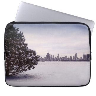 lovely winter Chicago - laptop sleeve