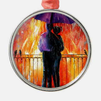 Lovers in the rain Silver-Colored round decoration