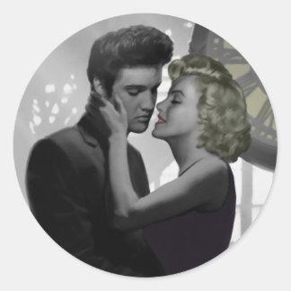 Love's Return Classic Round Sticker