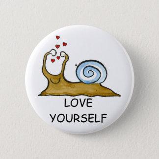 loveyourself 6 cm round badge