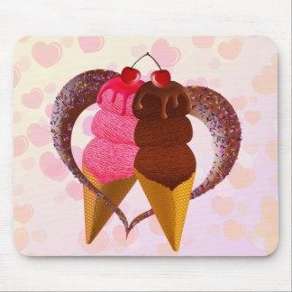Loving Ice cream Mouse Pad