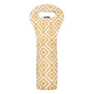 Lozenge shaped geometric pattern wine bag