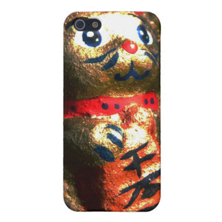 Lucky Cat in Bark iPhone 5 Cases