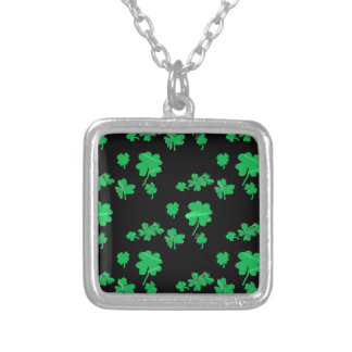 Lucky Green Shamrock Four Leaf Clover irish Pendant