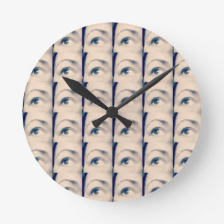 lucky karma brand round clock