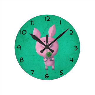 Lucky pig with lucky four leaf clover clock