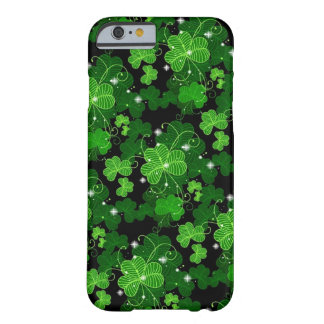 Lucky Shamrocks iPhone 6 case