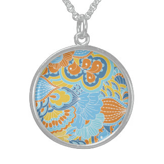 Lucky Vital Champion Shy Round Pendant Necklace