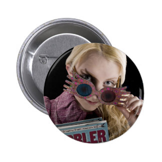Luna Lovegood Peeks Over Glasses 6 Cm Round Badge