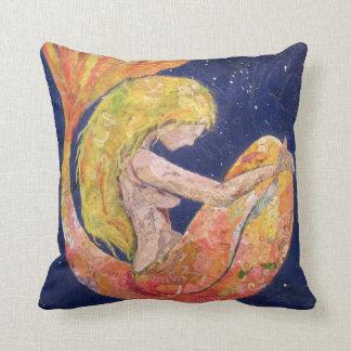"""""""Lunette"""" mermaid pillow"""
