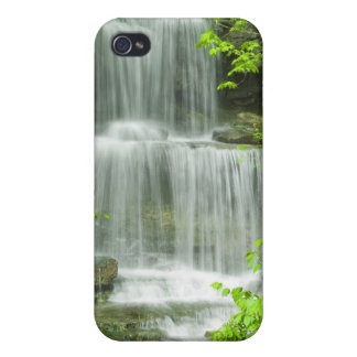 Lush green tropical waterfall iPhone 4/4S case