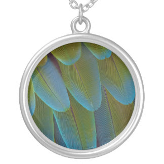 Macaw parrot feather pattern detail silver plated necklace