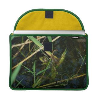 MacBook Pro (Flap Sleeve) with green mimetic frog MacBook Pro Sleeves