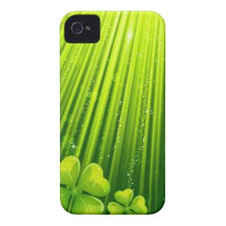 Magic clover design iPhone 4 cases