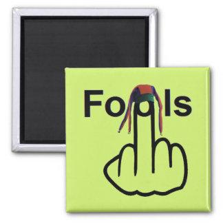 Magnet Fools Flip