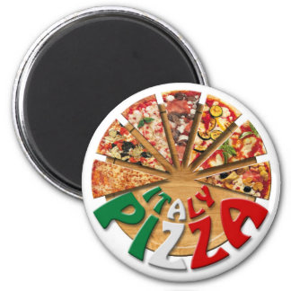Magnet Italy Pizza on the cutting board