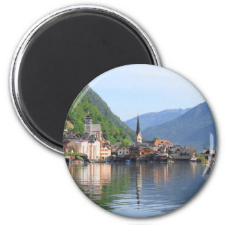 magnet showing Hallstatt town and lake, Austria