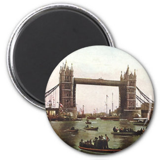 Magnet - Tower Bridge, London