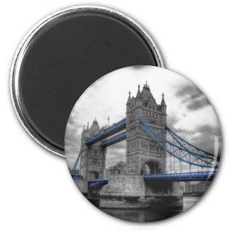 "Magnets"" TOWER BRIDGE LONDON "" 6 Cm Round Magnet"