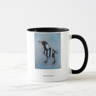 Magpie Looking Left Cup