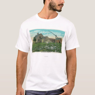 MaineView of an Old New England Homestead T-Shirt