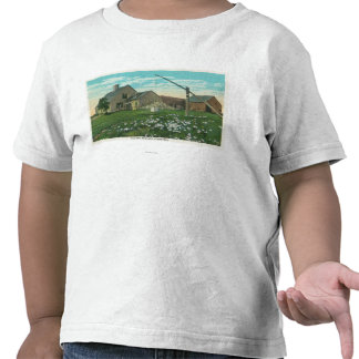 MaineView of an Old New England Homestead Tshirts