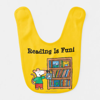 Maisy and a Bookshelf of Books Bib