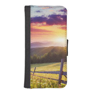 Majestic sunset in the mountains iPhone SE/5/5s wallet case