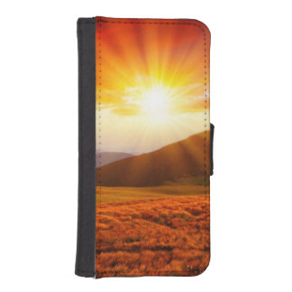 Majestic sunset in the mountains landscape 5 iPhone SE/5/5s wallet case