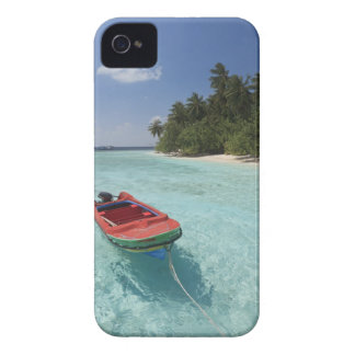 Maldives, Male Atoll, Kuda Bandos Island iPhone 4 Case-Mate Cases