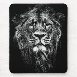 male asiatic lion mouse mat