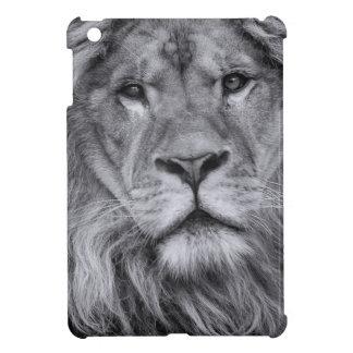 Male lion portrait iPad mini cover