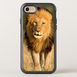 Male Lion Walking OtterBox Symmetry iPhone 8/7 Case