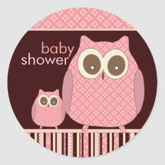Mama Owl & Baby Owl in Pink and Brown Classic Round Sticker