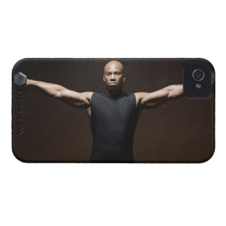 Man lifting weights, portrait iPhone 4 cover