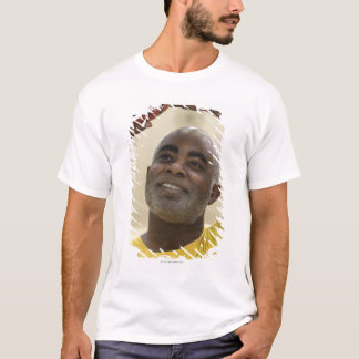 Man playing basketball 4 T-Shirt