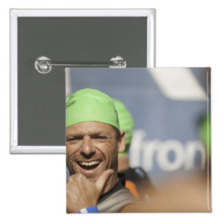 Man wearing swimming cap at starting line of Los 15 Cm Square Badge