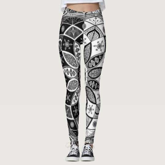 Mandala B&W Drawing Doodling Zen Pattern leggings