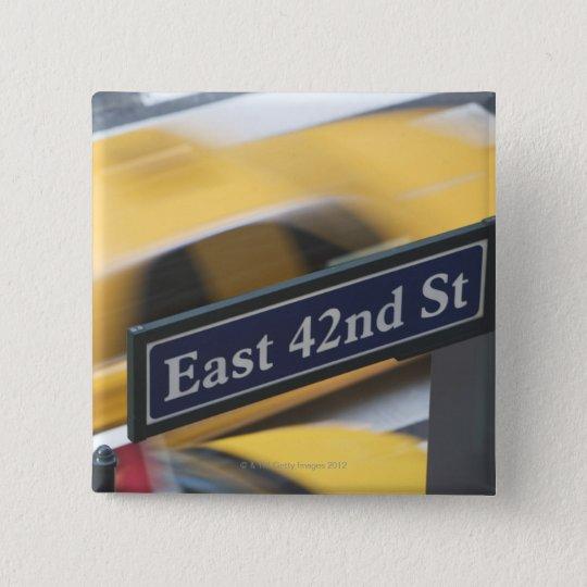 Manhattan 15 Cm Square Badge