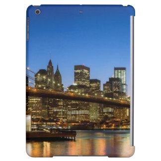 Manhattan and Brooklyn Bridge at dusk iPad Air Cover