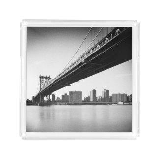Manhattan Bridge and skyline, New York, US.